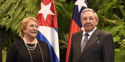 Bachelet en Cuba: un viaje de negocios