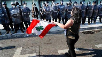 Líbano: la primera revuelta de hambre pospandemia apunta a los bancos