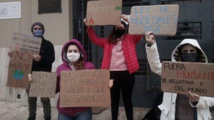 Jóvenes de Lobos se manifestaron por la Huelga Mundial por el Clima