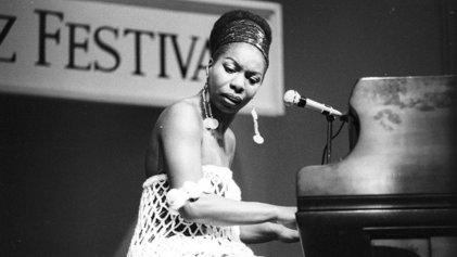 Un día como hoy pero de 1933 nació Nina Simone