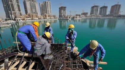 Descartables: 6500 trabajadores migrantes murieron en Qatar preparando el Mundial 2022