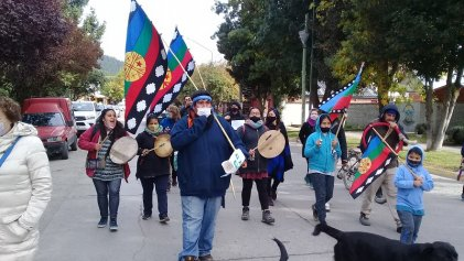 Concentración contra orden de desalojo a comunidad mapuche en Junín de los Andes