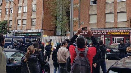 Represión y detenidos para ejecutar otro desahucio en Madrid