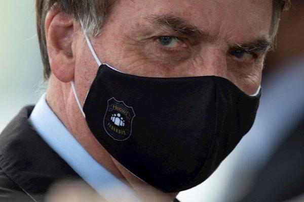 Bolsonaro pide a sus seguidores que no salgan a las calles